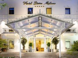 Hotel Pierre Milano, hotel perto de Darsena, Milão