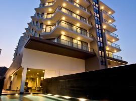 TSix5 Quarter, hotel near The Sanctuary of Truth, North Pattaya