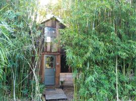 Cabana Bambu, hotel near Rosas Stadium, Sapiranga
