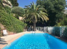 Appartement Luxueux 150m2 - Cannes, hotel with pools in Cannes