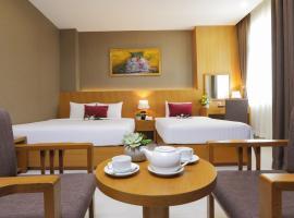 Golda Hotel, hotel near Dam Sen Cultural Park, Ho Chi Minh City