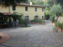 vacanza nel verde, bed & breakfast a Prato