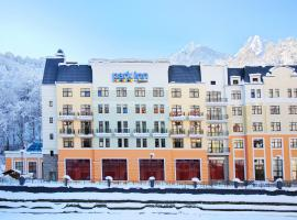 Park Inn by Radisson Rosa Khutor, hotel in Estosadok