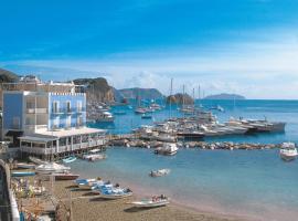 Hotel Gennarino A Mare, hotell i Ponza