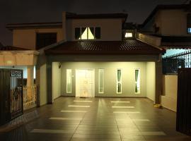 Cheras Leisure Home Stay, villa in Kuala Lumpur
