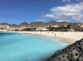 Laginha Beach Guest House, homestay in Mindelo