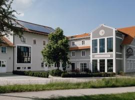 Brauerei Gaststätte Stierberg, hotel in Obertaufkirchen