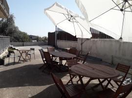 B&B Sicily Inn, hotel in zona Centro Commerciale Etnapolis, Motta Sant'Anastasia