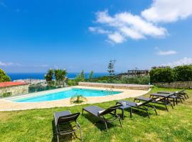 Stella House, hotel with pools in Rethymno Town