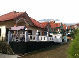 Villa Pelangi, hotel with pools in Puncak