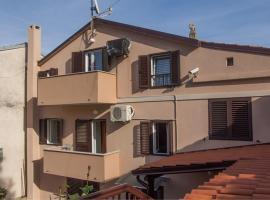Apartments Niki, hotel in Veli Lošinj