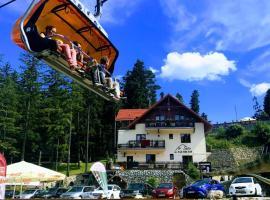Pensjonat Safir – hotel w pobliżu miejsca Wyciąg narciarski Biały Jar w mieście Karpacz