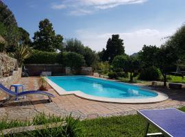 Cottage Giardino dell'Alcantara, holiday home in Taormina