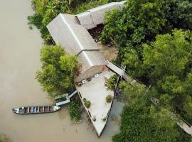 Hometravel Mekong Can Tho, pet-friendly hotel in Can Tho