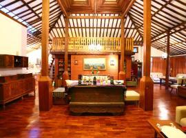 The Joglo Villa, pet-friendly hotel in Bandung