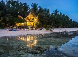 White Banana Beach Club, hotel near Cloud 9 Surfing Area, General Luna