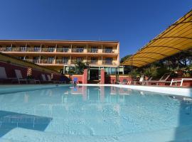 Hotel Cyrnea, hôtel  près de: Aéroport de Calvi - Sainte-Catherine - CLY