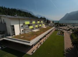 Residence Centro Vela, serviced apartment in Riva del Garda