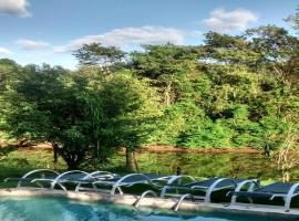 Pousada Magia Verde, hotel with jacuzzis in Paraty