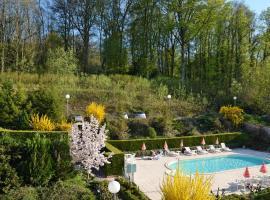 Hôtel et Studios d'Orfeuil, hôtel à Bourbonne-les-Bains