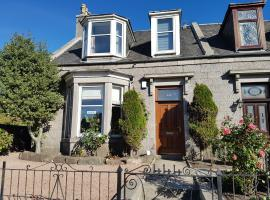 Alba Guest House, hotel near Pittodrie Stadium, Aberdeen