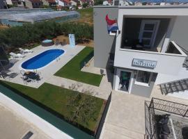 Villa Initium, hotel in Trogir