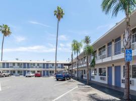 Motel 6 Bakersfield, hotel v destinaci Bakersfield