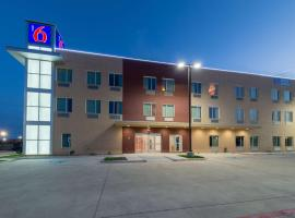 Motel 6-Fort Worth, TX - Fort Worth Saginaw, hotel in Fort Worth