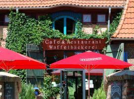 BIO-Hotel Gutshof Insel Usedom, hotel in Mellenthin