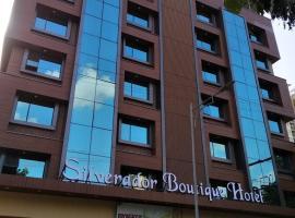 Silverador Boutique Hotel, hotel in Thane