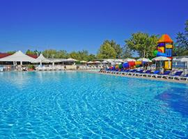 Butterfly Camping Village, glamping site in Peschiera del Garda