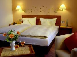 Garni Hotel & Ferienwohnungen Seeschlößchen, hotel in Waldeck
