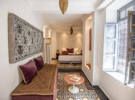 Riad Dar Tmania, hotel in Marrakesh