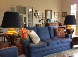 Hollyoak, self-catering accommodation in Trentham