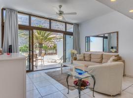 Oasis ocean view suite, hotel in Acantilado de los Gigantes