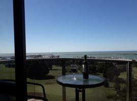 Apartamento Alem 5007, hotel cerca de Puerto de Mar del Plata, Mar del Plata