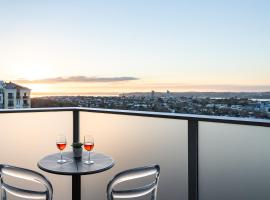 Haka Hotel Suites - Auckland City, vacation rental in Auckland