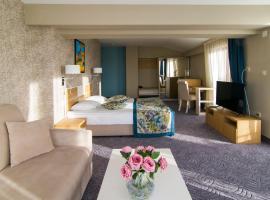Plaza Hotel, hotel in Varna City