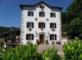 Hotel Rural Irigoienea, hotel in Urdax