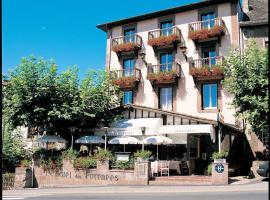 Hôtel des Pyrénées, hotel in Saint-Jean-Pied-de-Port