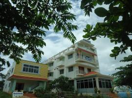 Aruvi Hotel, economy hotel in Yelagiri