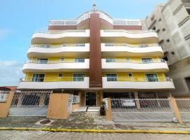 Residencial Dona Naime, hotel near Lagoon Beach, Bombinhas