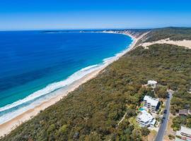 Rainbow Ocean Palms Resort, hotel in Rainbow Beach
