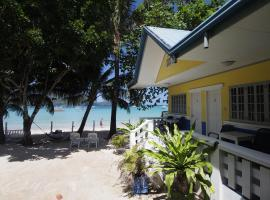 MaryGold Beachfront Inn, beach hotel in El Nido