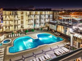 Pontos Family Resort Hotel, hotel in Vityazevo