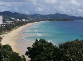 On The Hill Karon Resort, resort in Karon Beach