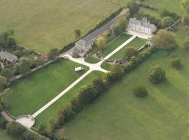 Manoir de Conjon, country house in Crouay