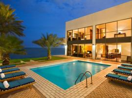 Hilton Kuwait Resort, hotel in Kuwait