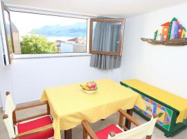 Studio Neven with Sea View, pet-friendly hotel in Baška