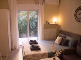 Nikoletta's home, hotel in Komotini